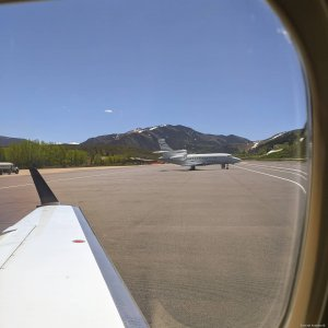 """""""Got room for one more if you still want to go to Aspen""""  #Embraer #phenom300 #embraerstories #flyingisawesome #privatejet #flying #bizav #instaplane #instagramaviation #Aviation #airplanes #aircraftsales #flying #winglet #pilotlife #piloteyes"""