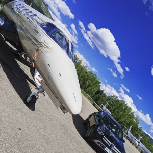 Ride in style. Ride with Summit Aviation  #Embraer #phenom300 #embraerstories #flyingisawesome #privatejet #flying #bizav #instaplane #instagramaviation #Aviation #airplanes #aircraftsales
