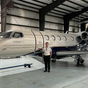 Big congratulations to our very own Andrew Borash on becoming our newest Phenom 300 SIC exactly 5 years after his very first training flight at Summit!  Not a bad way to celebrate!🎉 #pilotlife #charterpilot #flysummit @flying_true_adventures
