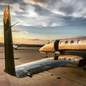 The suns setting, somewhere, on another awesome day of flying Won't you come fly with us?  Photo by @emrick_aviation  #Embraer #phenom300 #embraerstories #flyingisawesome #privatejet #flying #bizav #instaplane #instagramaviation #Aviation #airplanes #sunset #livingthedream #charter